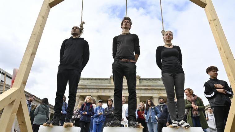 Milliók csatlakoztak világszerte a diákok által szervezett klímatüntetéshez