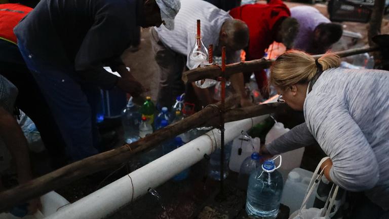 Súlyos volt a helyzet, de végül elkerülték a vízarmageddont
