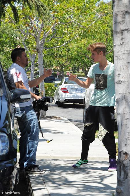 Így fenyít Justin Bieber