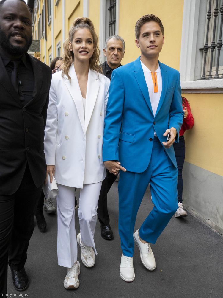 Palvinékat a bemutató után szemlátomást kisebb tömeg kísérte ki az utcára Milánóban.