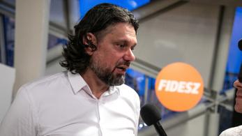 Deutsch Tamás félmillió forintot fizetett Dobrev Klárának