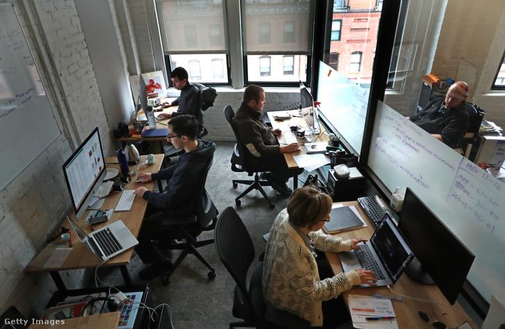 Iterators nevű startupcég a bostoni WeWork irodában