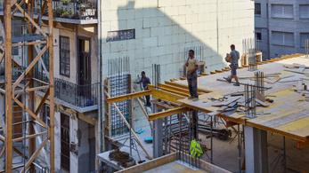 ÉVOSZ: az építőipar termelése 4000 milliárd forint lehet