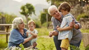 Elvárható a nagyszülőktől, hogy besegítsenek a gyerek körül?