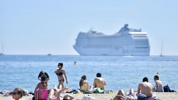 Kitiltják Cannes-ból a környezetszennyező óceánjárókat