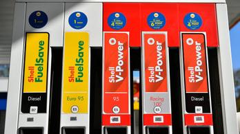 Megtörtént minden autós rémálma: összekeverték a kúton az üzemanyagot