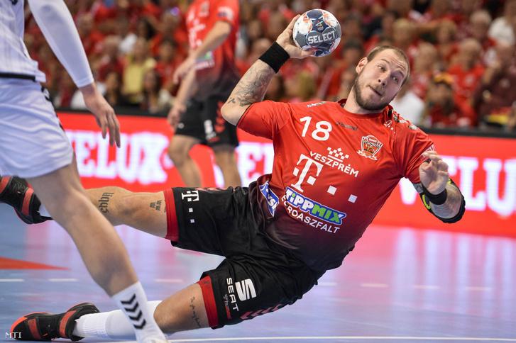 A veszprémi Andreas Nilsson a Telekom Veszprém-THW Kiel mérkőzésen a Veszprém Arénában 2019. szeptember 21-én