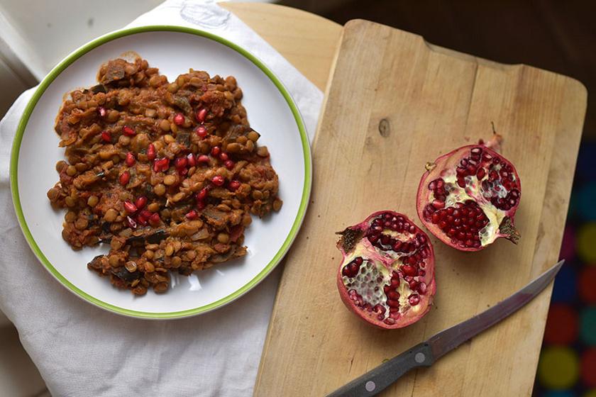 Lencsés padlizsán török recept alapján: laktató és szállítható ebéd