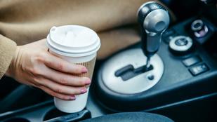Itt bújnak meg a baktériumok az autódban