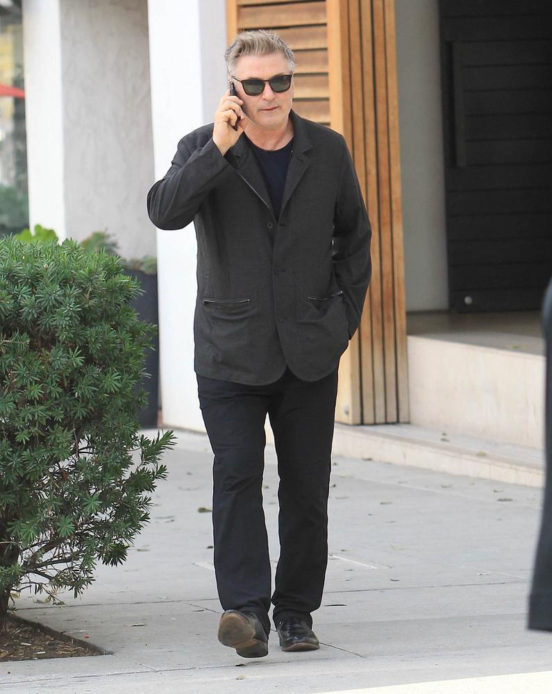 Alec BaldwinA színészre sem jellemző a csigavér, ha lesifotóst lát