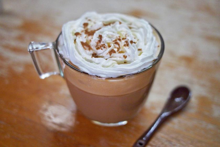 Mexikói fűszeres kávé: tejhab és kávélikőr bolondítja meg