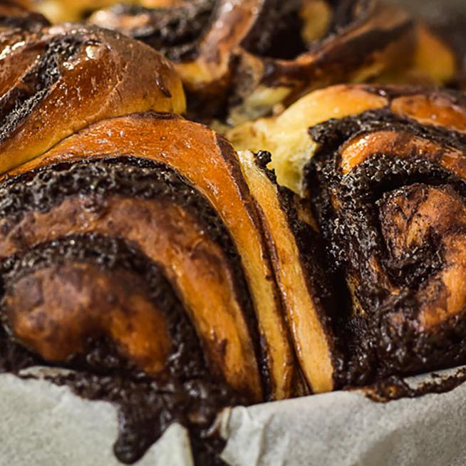 Csokoládés darázsfészek, a legütősebb foszlós kelt tészta