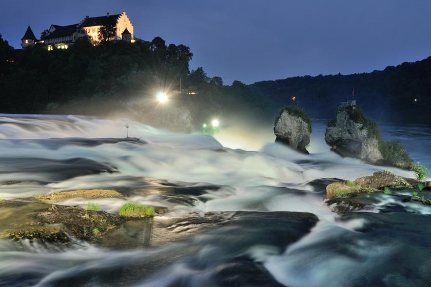 Rheinfall vízesés este