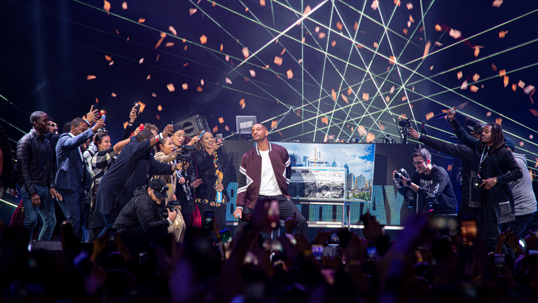 Óriási dáridózás lett Will Smith budapesti születésnapi bulijából