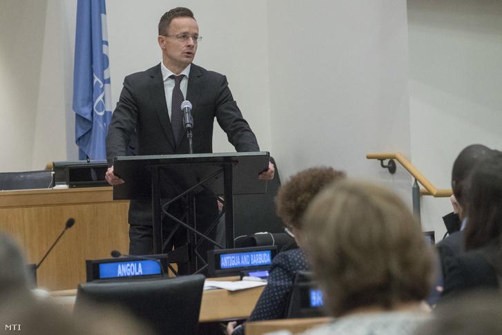 A Külgazdasági és Külügyminisztérium (KKM) által közreadott képen Szijjártó Péter külgazdasági és külügyminiszter felszólal a nemzetközi atomcsend-szerződésről rendezett konferencián New Yorkban 2019. szeptember 25-én