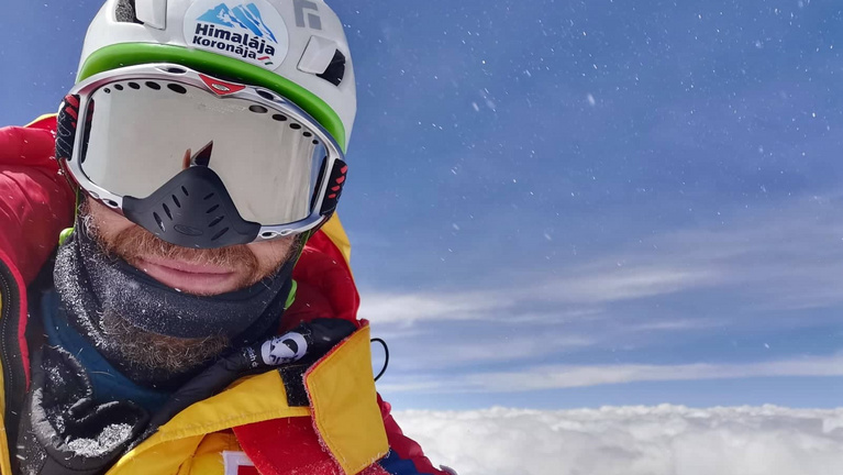 Csalt a magyar hegymászó a K2 csúcsán?