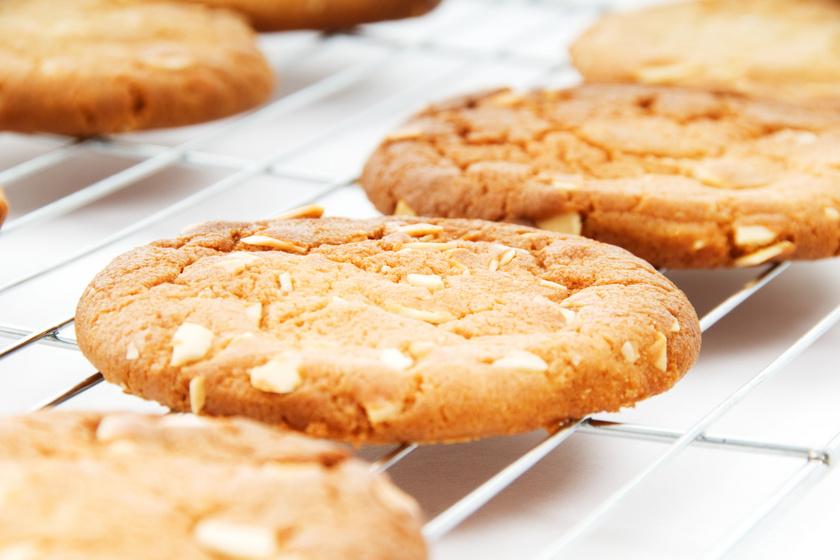 Omlós, vaníliás, mandulás keksz: erre cseréld a bolti kekszeket