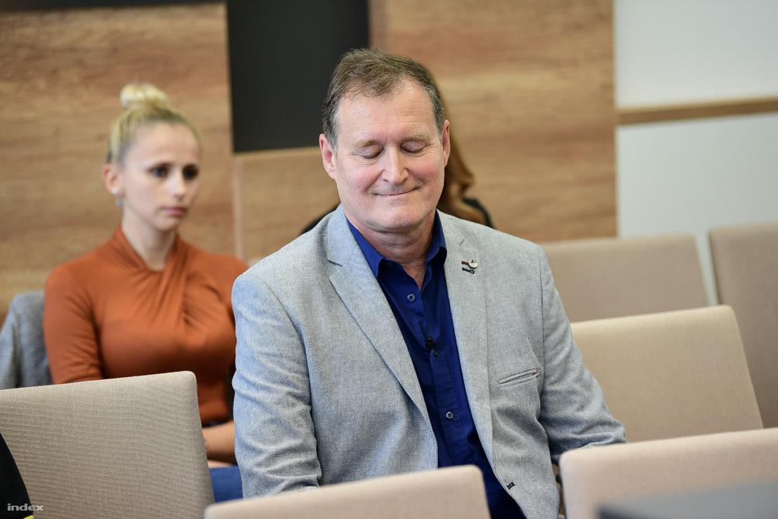 Torubarov miután a bíró kihirdette az ítéletet