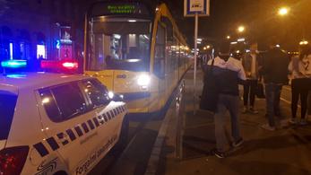 Rendőri intézkedés miatt nem járt a 4-es, 6-os villamos