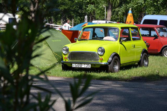 A találkozó legvagányabb színű autója ez a magyar