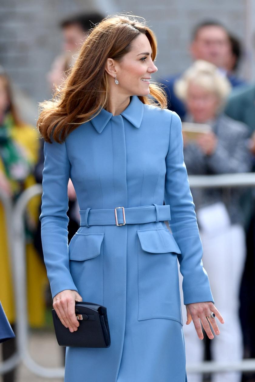 Katalin hercegné jól választott: remekül áll neki ez az Alexander McQueen-kreáció.