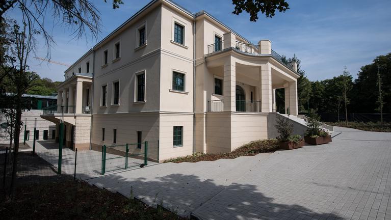 Menő iskola lett az egykori Horthy-villából