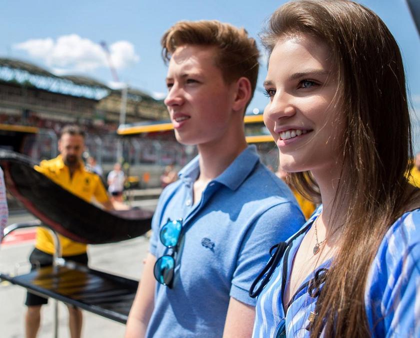 Keszthelyi Vivien és David Schumacher tudja, mivel jár a versenysport, így megértik, ha néha hetekig nem tudnak találkozni egy-egy verseny miatt.