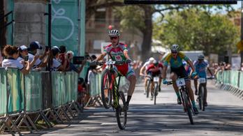 Újabb magyar bringást igazolt Contador csapata