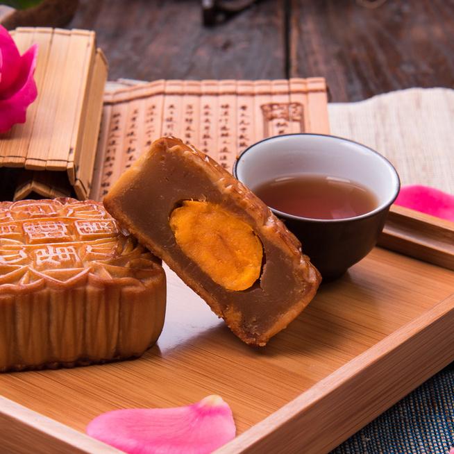 Mi az a mooncake, és hogyan készül? Igazán gyönyörű a kínai édesség