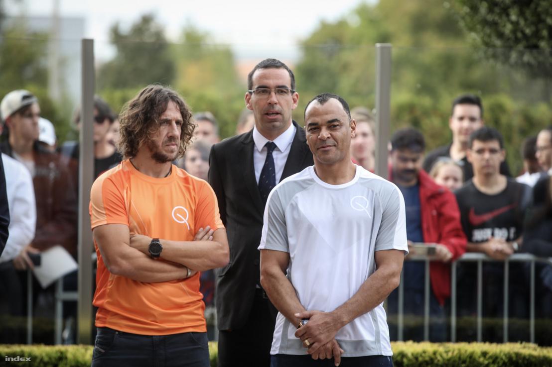 Carles Puyol és Cafu a Nemzetközi Teqball Szövetség budapesti sportágbemutató rendezvényén