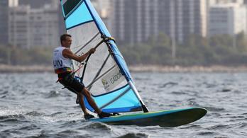 Nincs meg a történelmi kvóta szörfben Gádorfalvi Áronnak