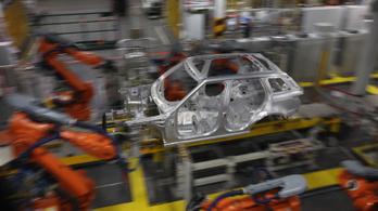 A Jaguar leállítja brit gyárait egy hétre a brexit után