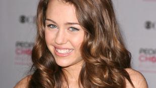 Miley Cyrusnak néha hiányzik a régi önmaga