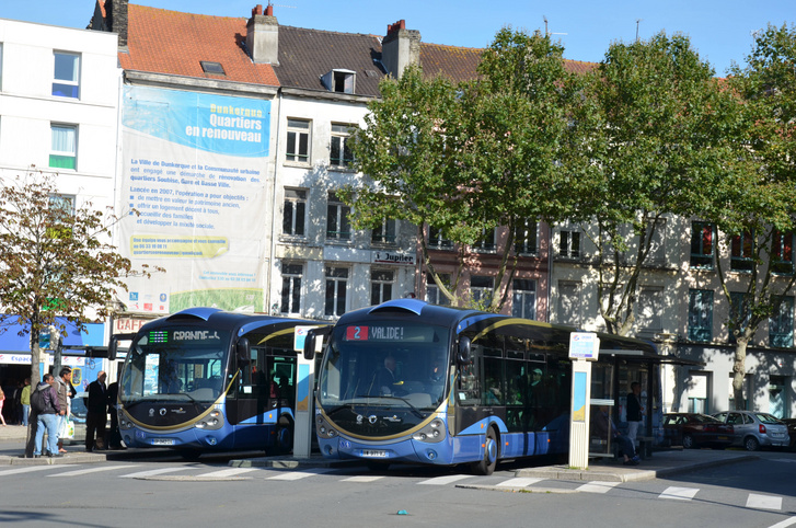 Irisbus Crealis buszok a Dunkerque belvárosában