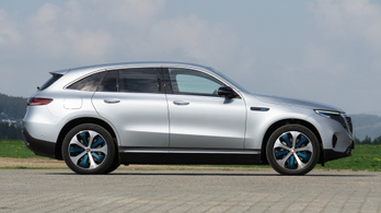 Nem lesz sportos változat a villany-Mercedesből