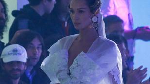 Bella Hadid nagyon bizarr esküvői ruhában parádézott