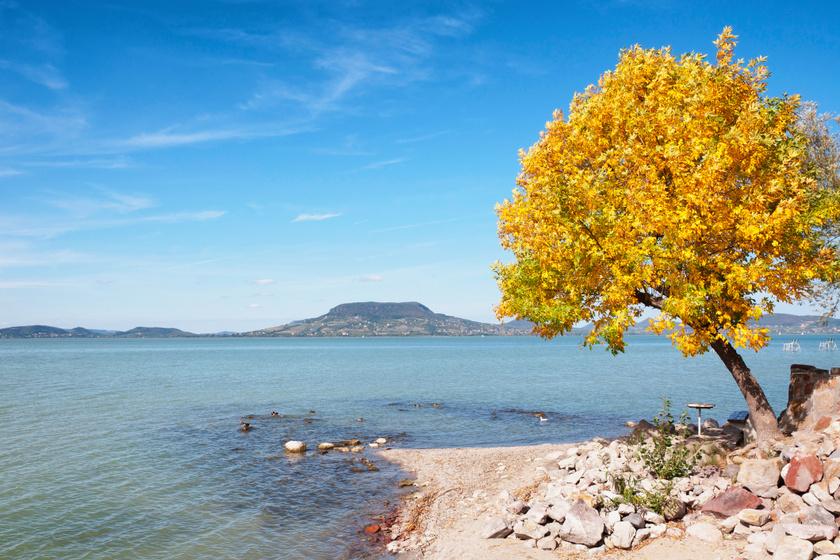 A 3 lány megint gyalog vág neki a Balatonnak: idén ősszel indul az év legizgalmasabb balatoni kihívása