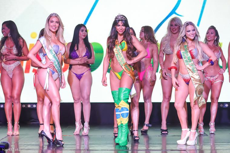 Az idén sem maradhatott el a híres Miss Bumbum szépségverseny, ahol a hölgyeknek nem az arcát vagy a kisugárzását értékelték, hanem a feneküket