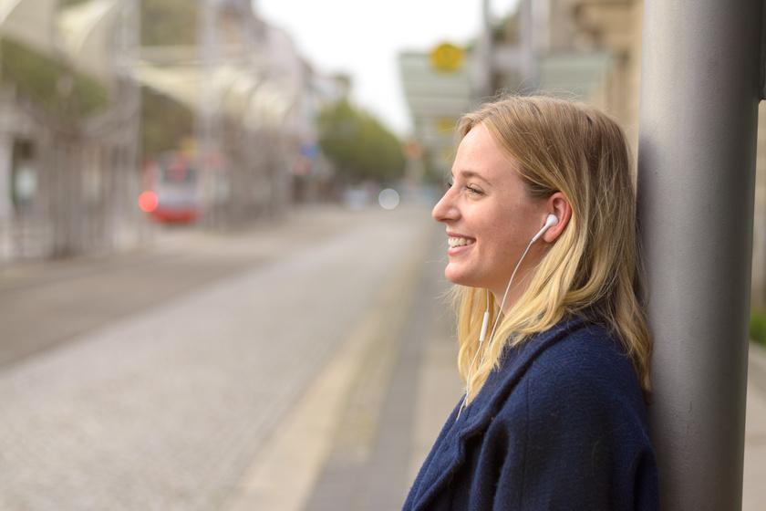 fülzúgás zenehalgatás