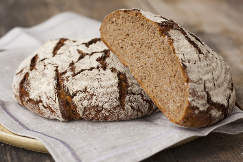 A búzából készült ételek fogyasztása sokaknál puffadást okoz, és a minden háztartásban megtalálható kenyér érte a legfőbb felelős. A gluténérzékenyek mellett még az enyhe ételintoleranciában szenvedők is felfújódhatnak tőle.