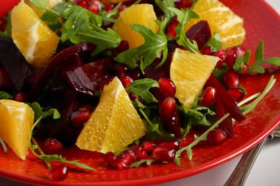 Immunerősítő céklasaláta naranccsal és gránátalmával: vitaminbomba őszi köret