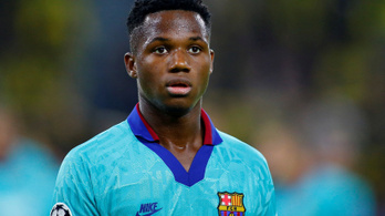 A 16 éves Barca-futballista azért nem játszik, mert növekszik