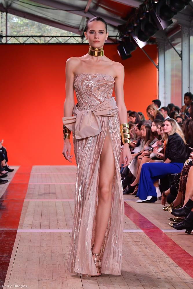 A klasszikus elegancia ennél szexibb nem nagyon lehet, mondja Ellie Saab.