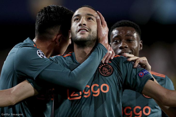 Hakim Ziyech ünnepli az Ajax első gólját