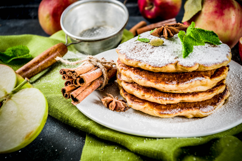Puha, almás kelt palacsinta: az íze az almás pitére emlékeztet