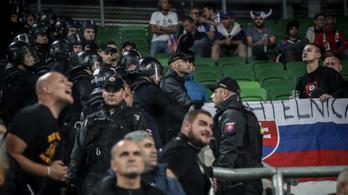 Elfogták a szlovák szurkolókat verő magyarokat