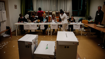Negyedannyi megfigyelő és szavazatszámláló jelentkezett, mint 5 éve