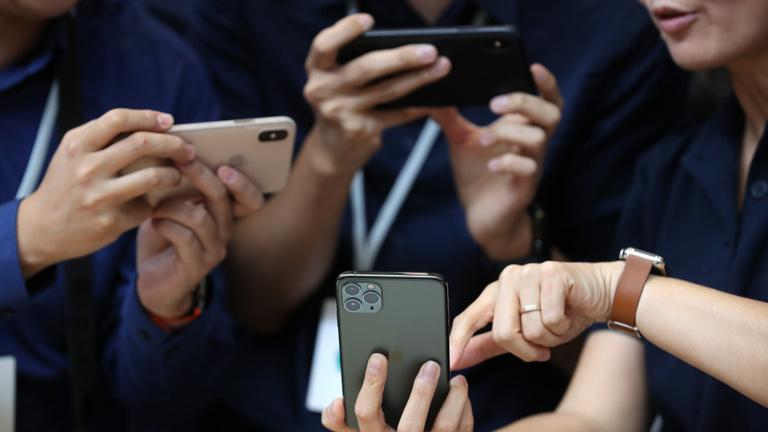 Az iPhone 11 vagy a Galaxy S10 száguld gyorsabban a szuperwifin?