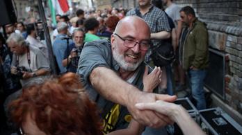 Megszüntette az eljárást Pikó András kampánycsapata ügyében a rendőrség, a jegyző nem nyugszik bele