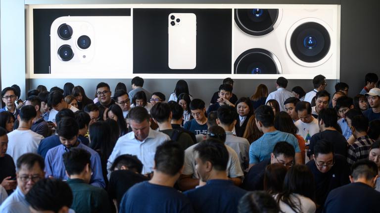 Így dőlnek a milliárdok az Apple-höz
